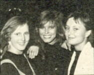 1985 contest b/w with her sisters - danish Billed Bladet