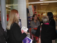 30. Nov. 2003 at danish book-store Gad in Brabrand, Karlas Kabale promo-tour 1