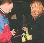 danish HER & NU 23. Mar. 1998 - signing autographs